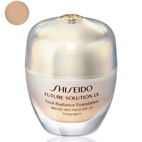 Total Radiance Foundation - SHISEIDO. Perfumes Paris